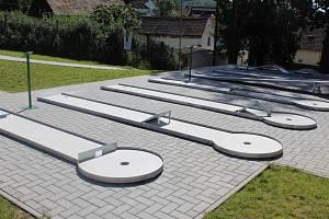 Minigolfové hřiště v Březové.