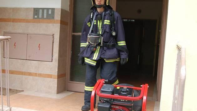 Ze všeho nejdůležitější je včasný zásah hasičů.
