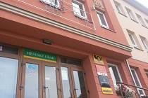 Březovská radnice chystá rekonstrukci tamní pobočky pošty.