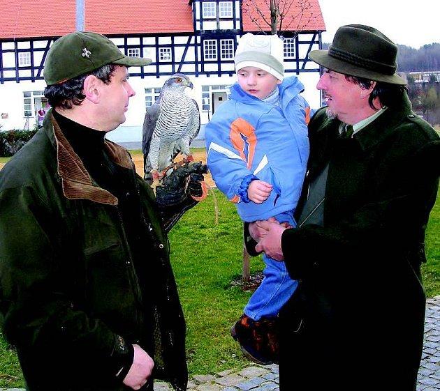 Návštěvníci obdivovali jestřába chovatele z Lokte.