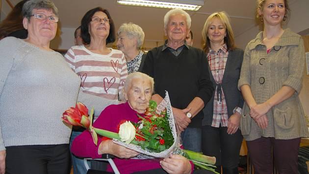 Eva Ryvolová při oslavě stých narozenin