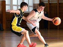 Junioři basketbalového BK Sokolov nestačili na lídra ze Slaného