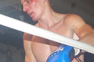 Rus Novikov byl poražen k.o.