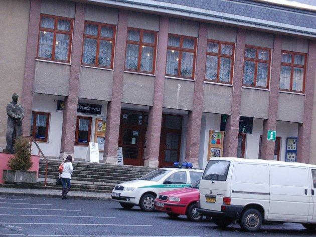 Kulturní dům v Kraslicích.