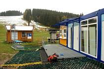 Nové zázemí pro lyžaře.