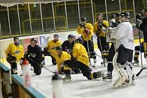 Trénink hokejistů Baníku Sokolov