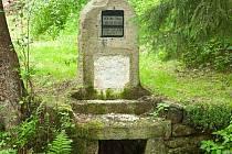 Dědičná štola Kašpara Pluha je historická odvodňovací štola v bývalém důlním revíru v Horním Slavkově.