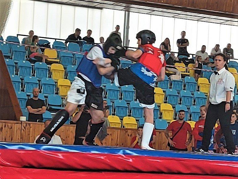 Samurajové (v červeném) bojovali na Czech Open v Lounech