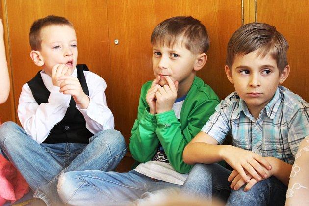 Žáci 1.třídy ZŠ a MŠ Krajková.