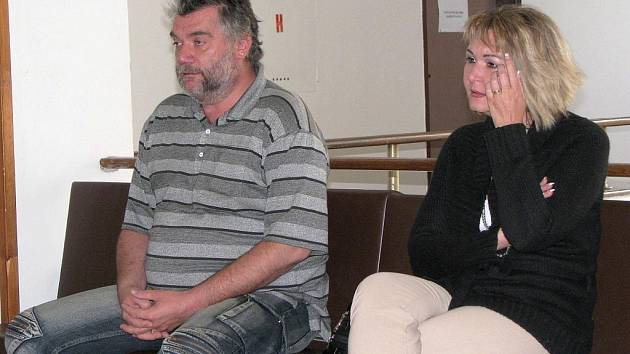 Sabinu Fialkovou (na snímku) u soudu doprovázel její manžel Michal.