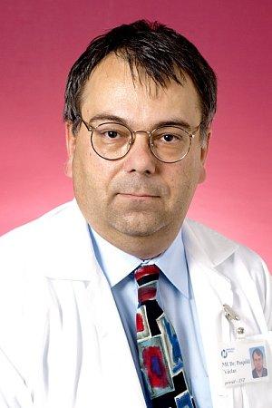 Primář Václav Pospíšil.