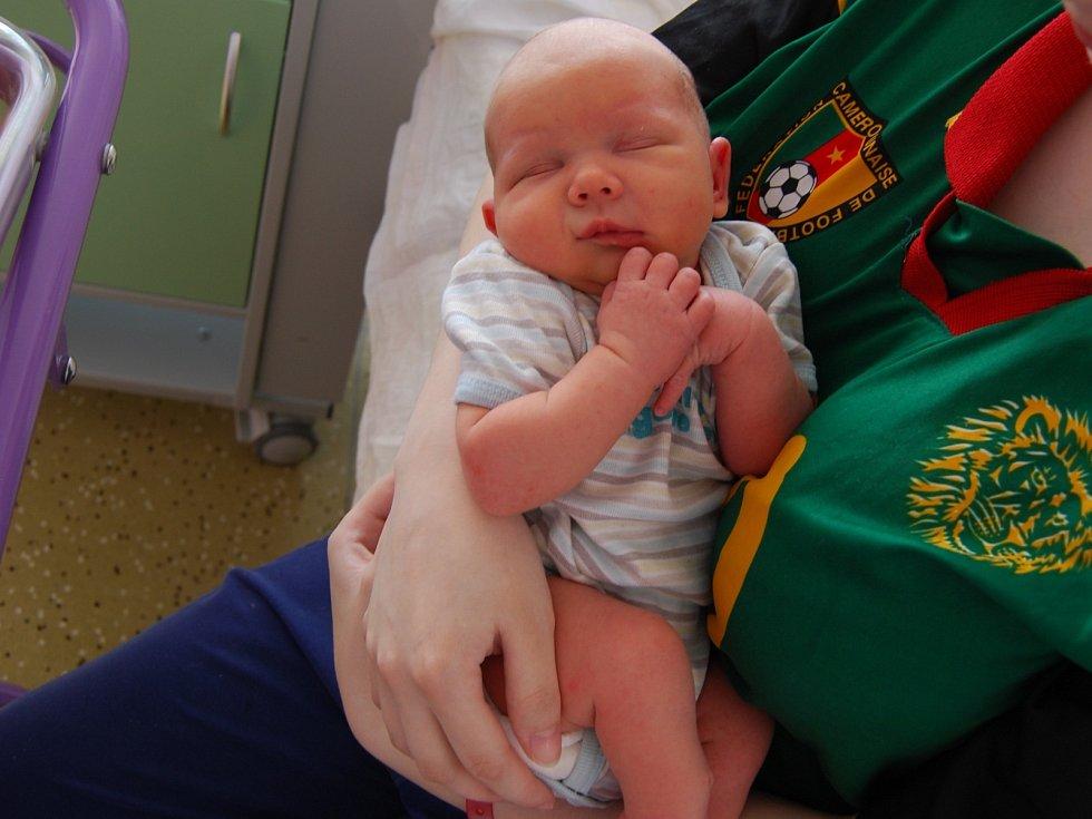 Kubík Zugar z Kraslic se narodil 18. května
