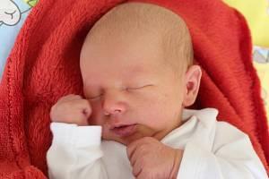 Eliáš Forster z Karlových Varů se narodil 6.4.2019
