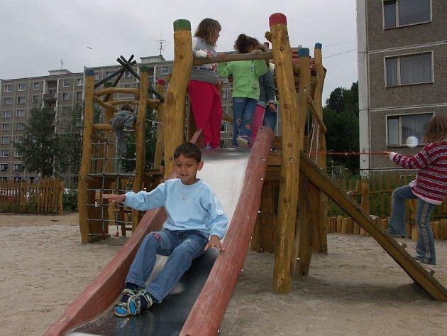 V Kraslicích lidem chybí dětská hřiště.