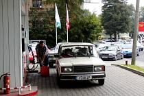 KOLONY U ČERPACÍCH STANIC v Kraslicích, bývávalo, shodují se jejich provozovatelé. I proto má investorská firma už obavy pustit se do případné výstavby.