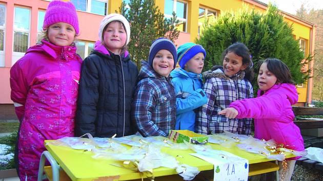 Vánoční školní trhy v Kraslicích.