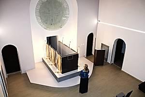 Zrekonstruovaná smuteční síň začne sloužit od srpna. Foto: (mel)