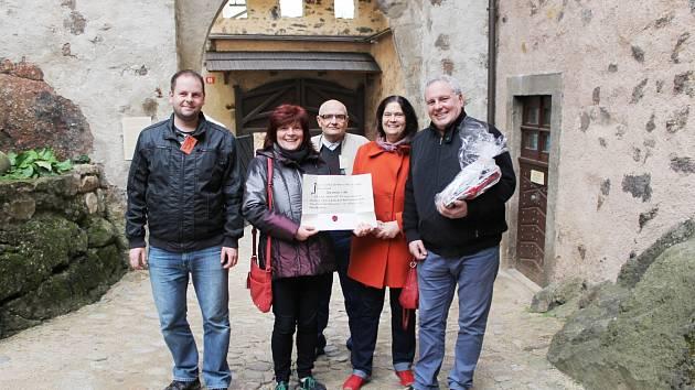 STOTISÍCÍM návštěvníkům hradu Lokte se nejvíc líbilo ve slavnostním sále hradu.