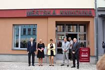 V úterý 1. září se návštěvníkům slavnostně představila nová knihovna na Starém náměstí.