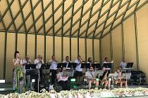 Barbora Řeháčková a Kraslický zábavní orchestr na festivalu v Bad Elsteru.