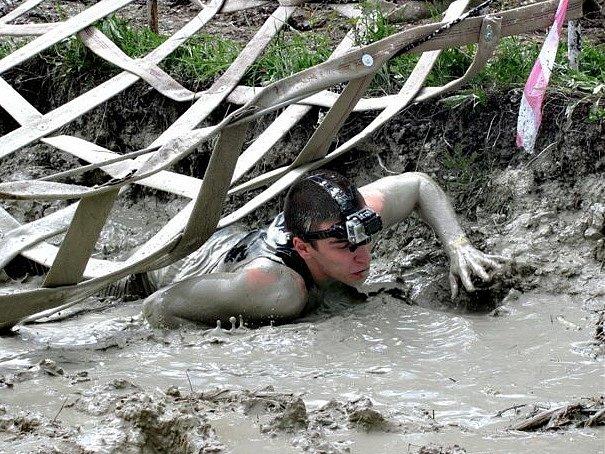 Extrémní závod Bahňák.