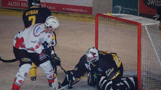 Brankář Závorka proti Klatovům kapituloval pouze jednou.