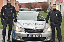 Policisté Roland Veršecký a Tomáš Knopp.