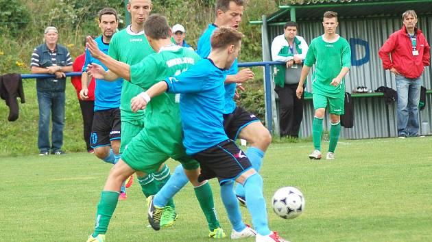 Krajský přebor: Sokol Citice (v zeleném) - FC Cheb