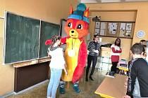 Maskotem olympiády dětí bude veverka Čiperka.