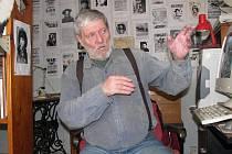 Chodovský penzista Ladislav Nykl barvitě popisuje dramatické události z komunistických lágrů, které zažil na vlastní kůži.