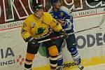 Hokejisté Baníku Sokolov si vyšlápli na lídra skupiny zápas, celek HC Řisuty