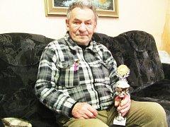 Zdeněk Brož je členem chodovského svazu chovatelů už 62 let. Výstavy v Chodově organizuje od A do Z.