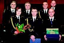 Za cvičení dostali hasiči ocenění.