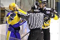 Hokejisté Baníku Sokolov vyhráli v Nymburce 4:3