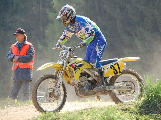 Karlovarský pohár v motokrosu pokračoval závodem na Březové.