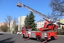 Chodovští hasiči mají nový automobilový žebřík.