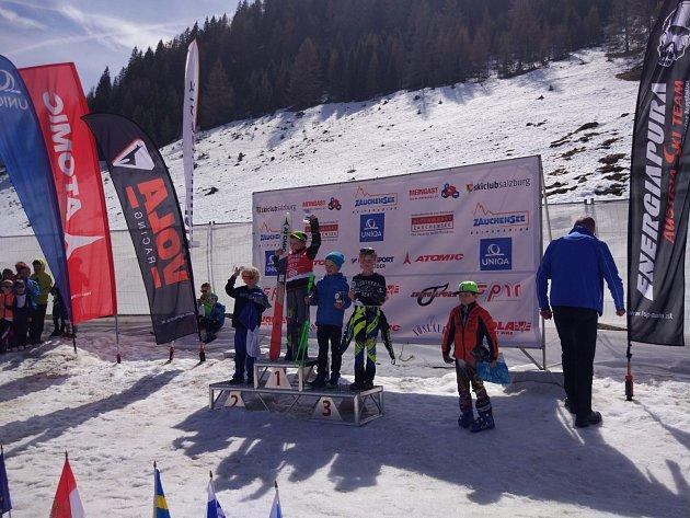 Úspěšná mise Ski klubu Bublava v Rakousku na prestižním závodě.