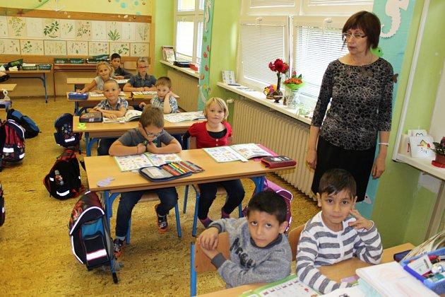 Třída 1.Aze SŠ, ZŠ a MŠ Havlíčkova vKraslicích střídní učitelkou Věrou Ulrichovou.
