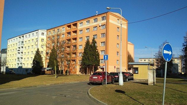V problémové lokalitě v okolí chodovského KASSu platí od konce roku opatření obecné povahy.