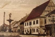 """V rámci akce """"Poznej místo, kde žiješ"""", kterou pořádá Muzeum Sokolov, se můžete podívat na spoustu míst z vašeho regionu. Jednou z nich je i stará fotka radnice."""