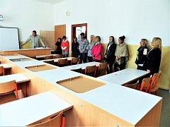 Nově zrekonstruované učebny – dílny a laboratoř – využívají školáci ze ZŠ Nové Sedlo.