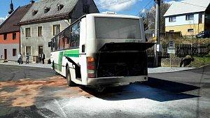 V Jindřichovicích hořel autobus s dvaceti cestujícími