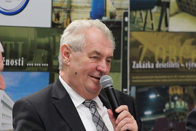 Miloš Zeman navštívil firmu Rotas strojírny.