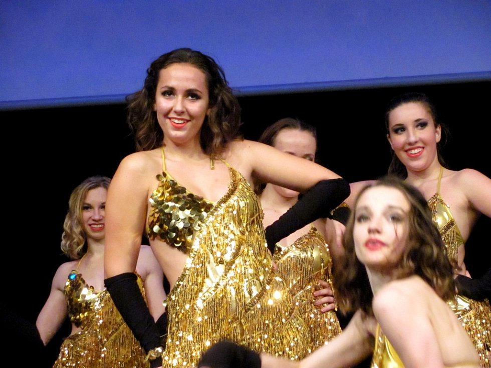 MALÁ PÁRTY ještě nikdy nikoho nezabila... Své nejlepší choreografie představily i nejzkušenější tanečnice.