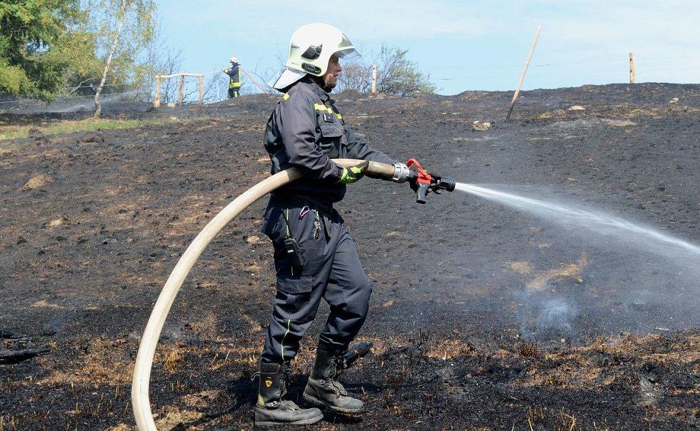 Požáry trávy v kraji.
