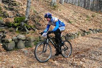 Jezdec Team Bike Březová Pavel Kodl na trati.