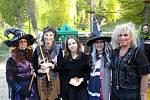 V Lokti bývají čarodějnice pod taktovkou základní školy.