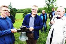 Miloš Bělohlávek (uprostřed).
