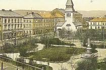 MĚSTSKÝ PARK na pohlednici z roku 1909.