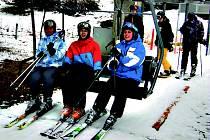 BUBLAVSKÝ skiareál se těší dobré návštěvnosti. Začaly jarní prázdniny.